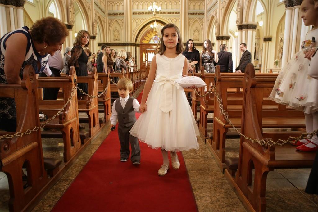 casamento barbara e leando ingreja de lourdes ana paula salvo018